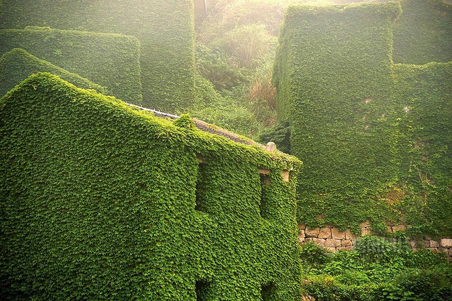 abandoned-village-zhoushan-china-102
