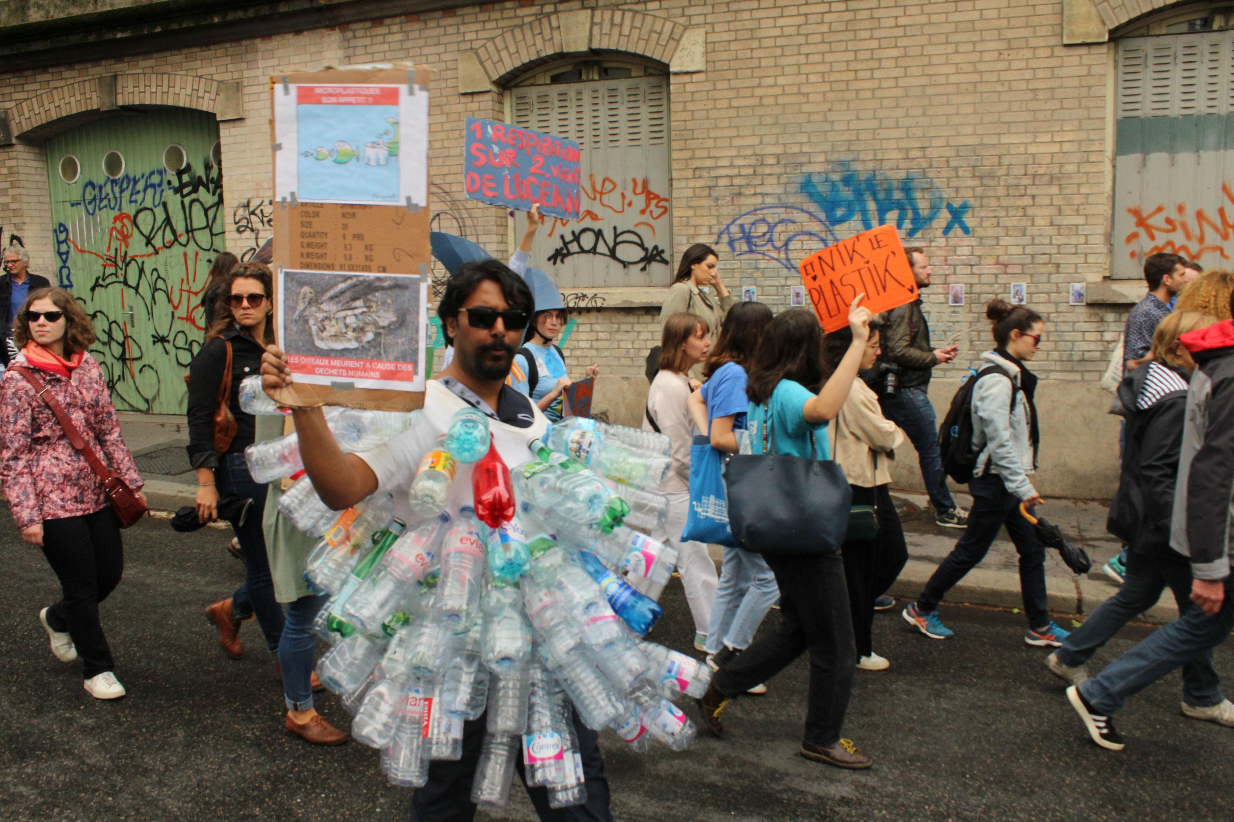 L'un des fers de lance de la Marche pour l'Océan : la lutte contre le plastique / ©Cypriane El-Chami