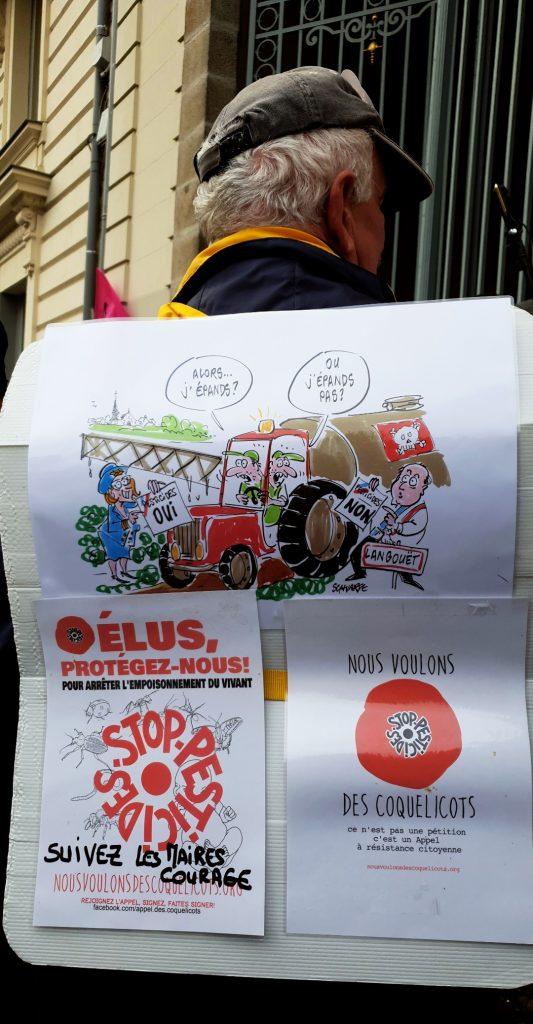 Rassemblement en soutien à Daniel Cueff, devant le Tribunal de Rennes, le 14 octobre 2019 / ©Cypriane El-Chami