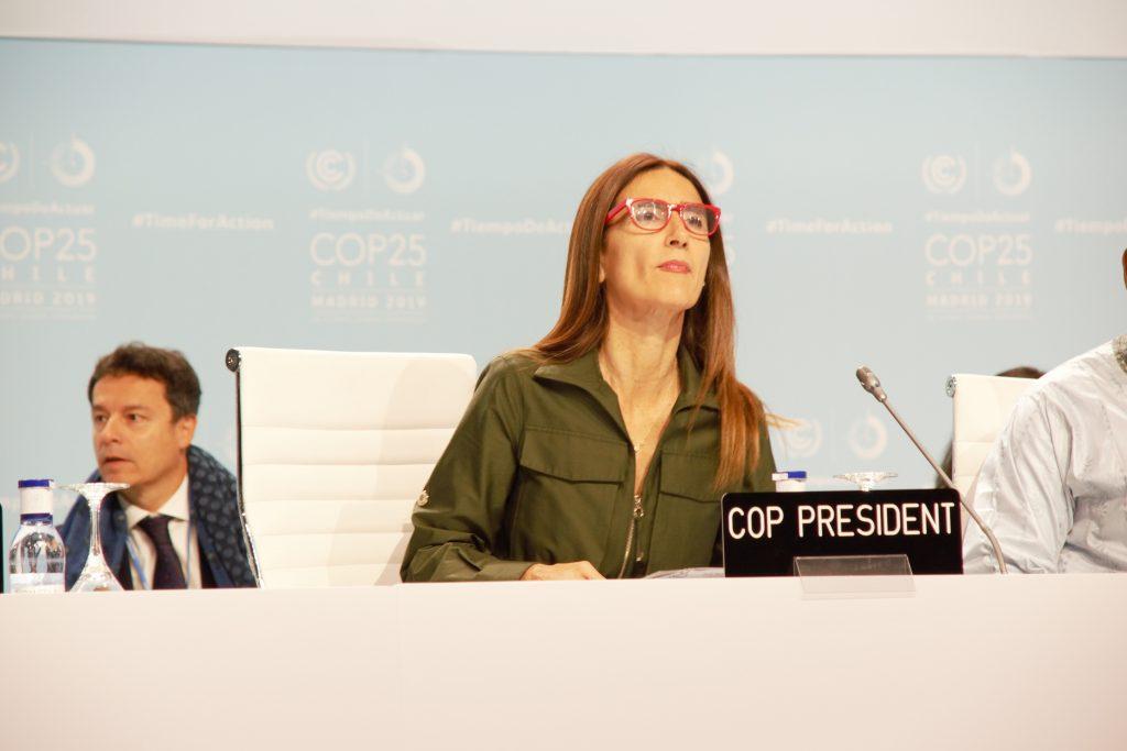 Carolina Schmidt, au centre, ministre de l'Environnement chilienne et présidente de la COP25 au débat de haut niveau, mardi 10 décembre 2019