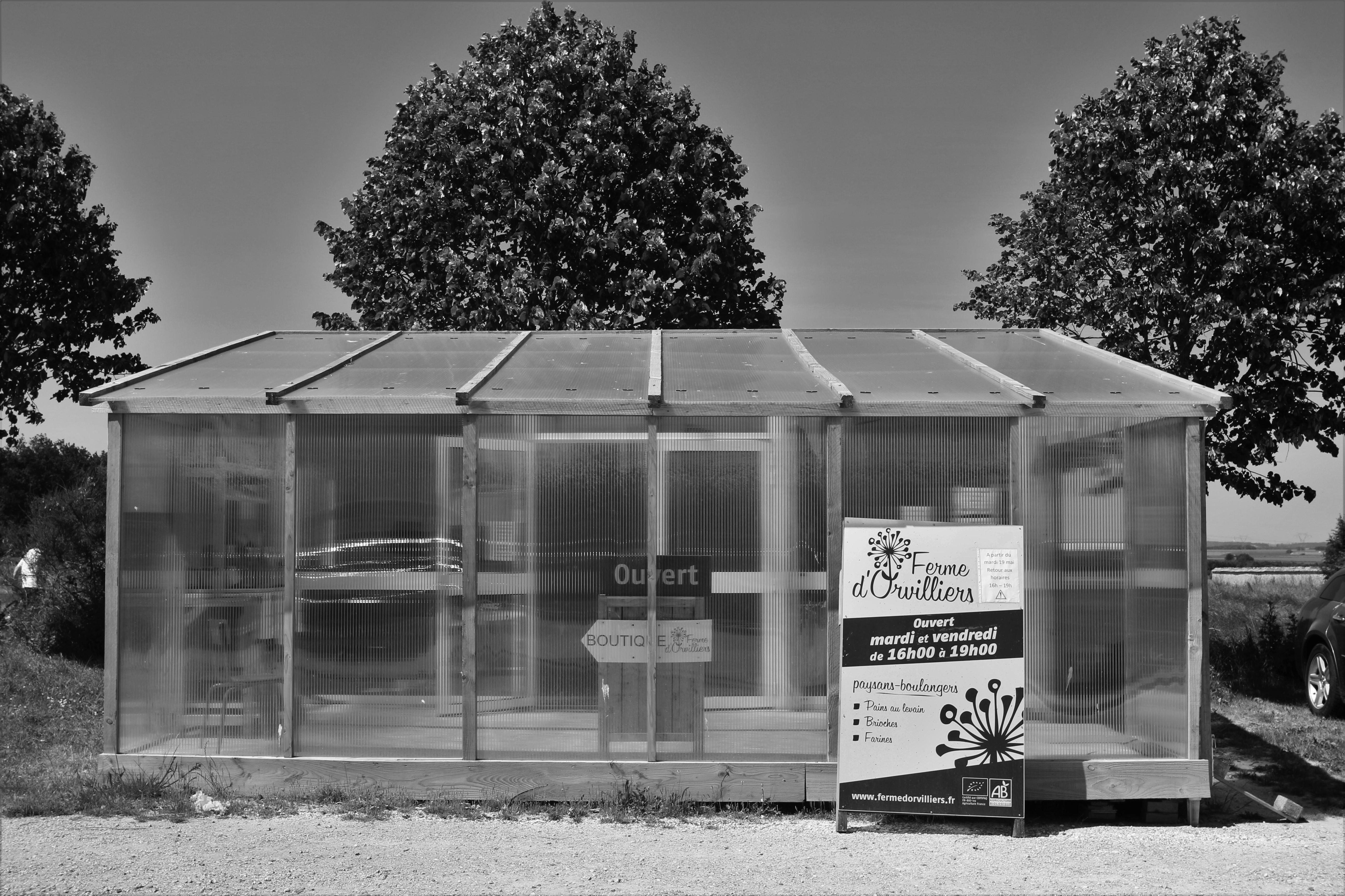 Boutique de la ferme d'Orvilliers (Marius Matty, Creative Commons, Pas d'utilisation commerciale 4.0 International)